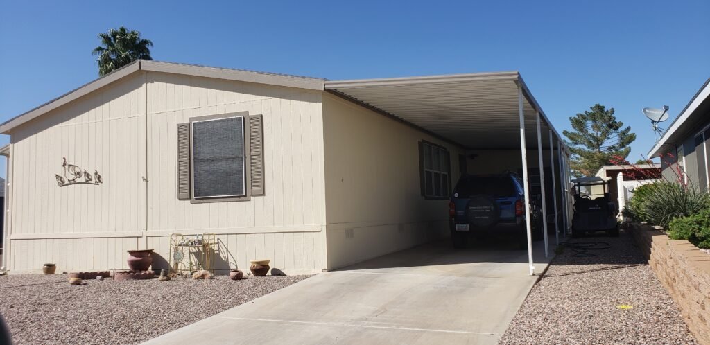 Large, spacious 3bd 2 ba home in a Premier Gated 55+ Community!!!